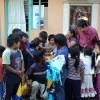 Festejan a niños Tarahumaras