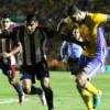 Tigres y Chivas terminan 2-2 y dejan todo para el domingo
