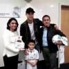 Entregó Cristiano su playera a los padres de niño fallecido en sismo
