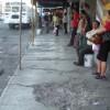 Representan grave peligro banquetas de Delicias en Zona Centro