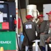 Cayó consumo de gasolina 20% por altos precios